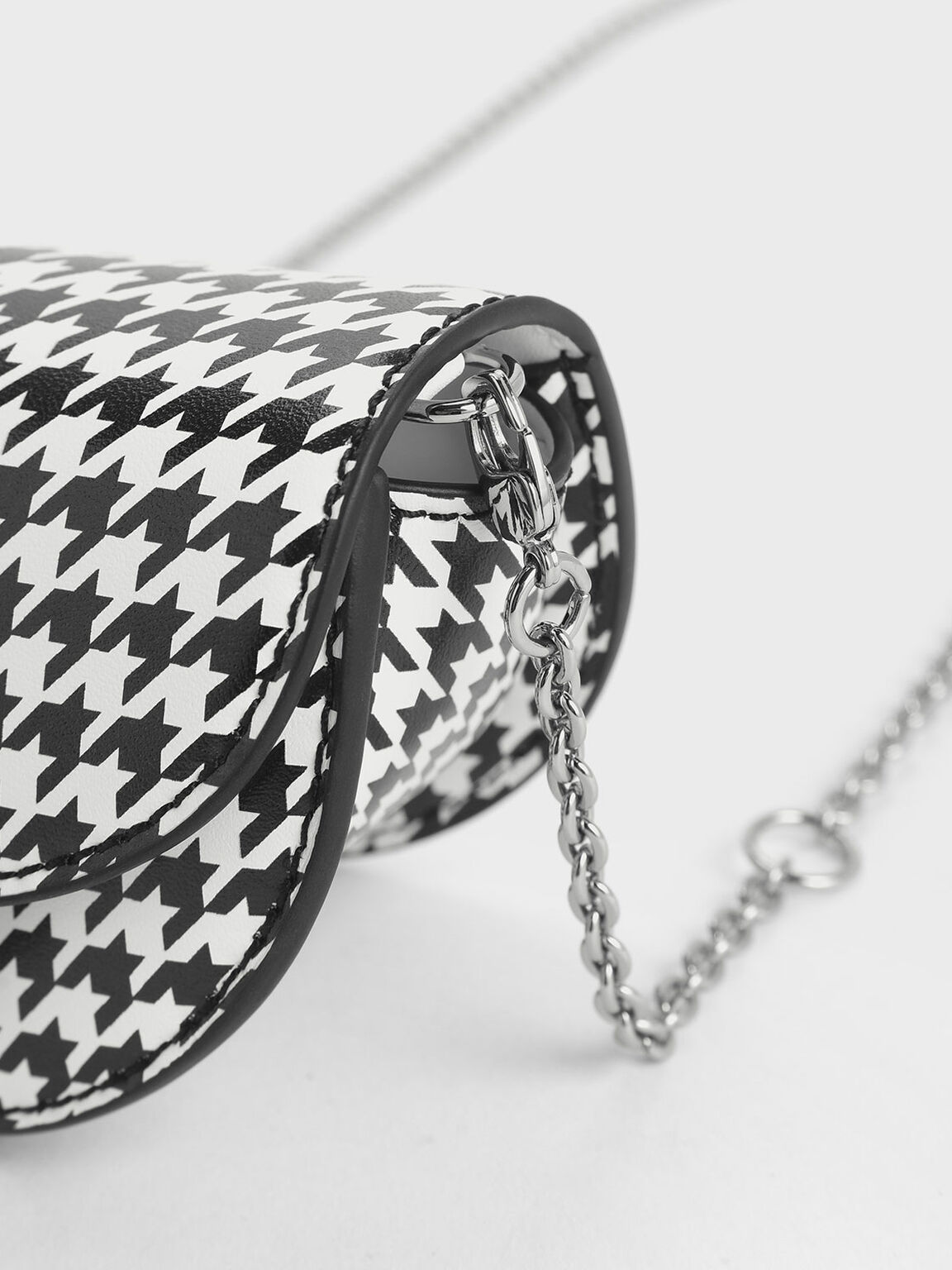 Circular Push Lock Houndstooth Print Saddle Pouch, Multi, hi-res