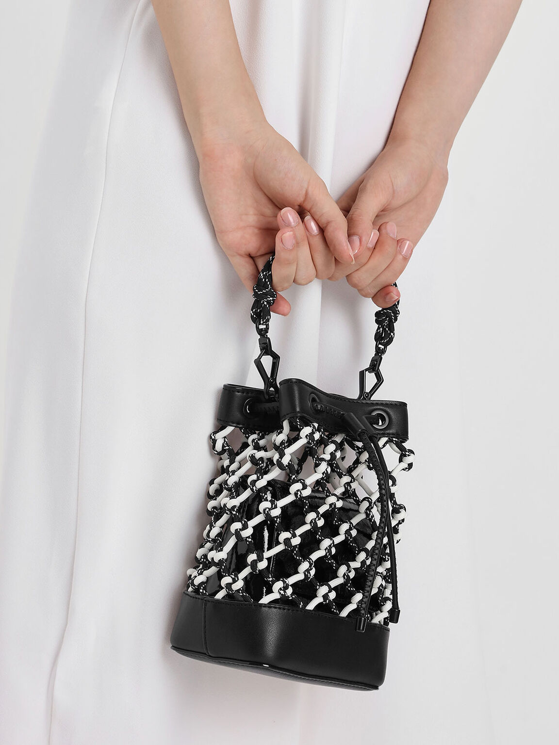 Netted Drawstring Bucket Bag, Black, hi-res