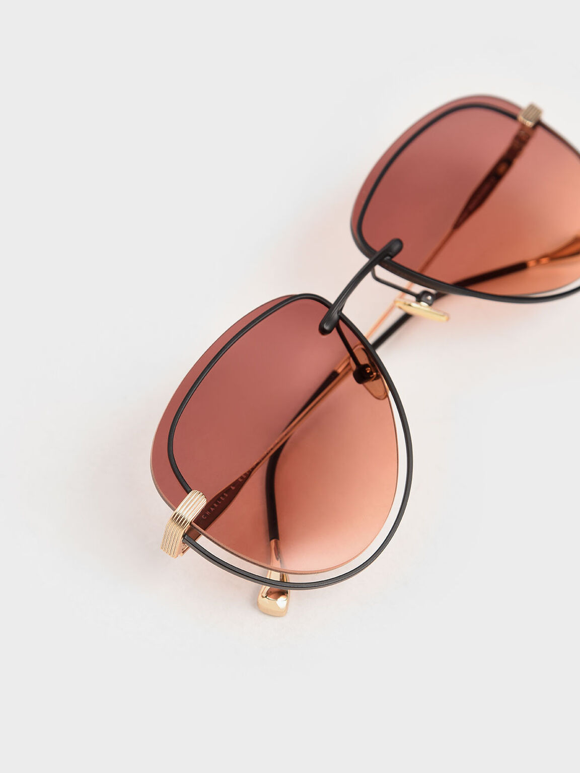 Cut-Out Tinted Sunglasses, Mauve, hi-res