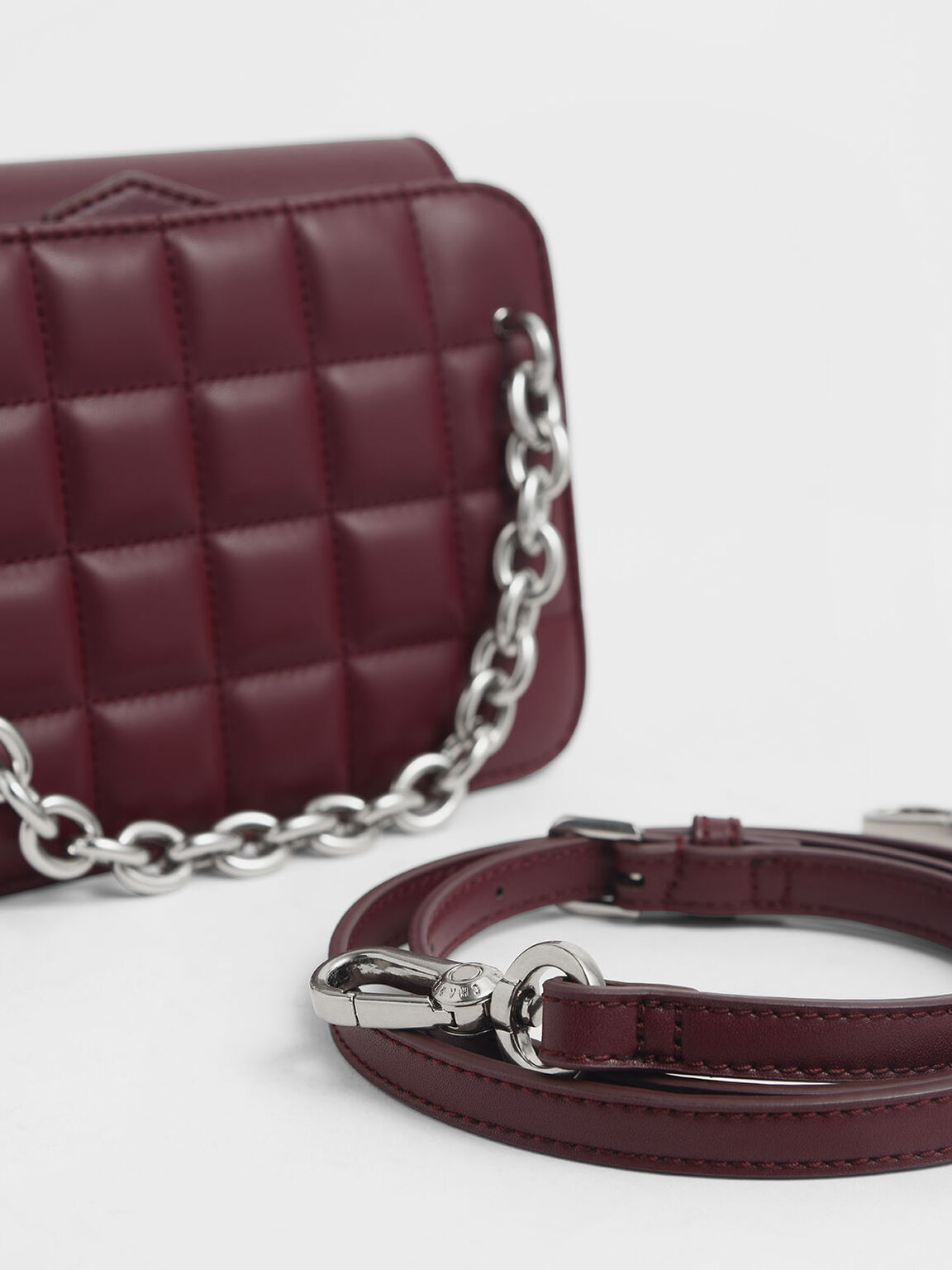 Chunky Chain Strap Quilted Shoulder Bag, Burgundy, hi-res