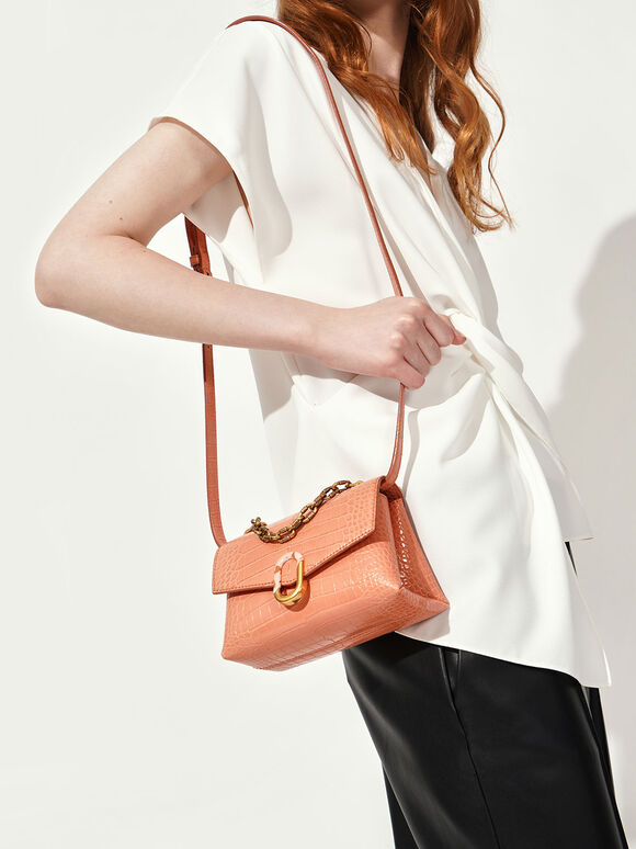 Croc-Effect Chunky Chain Strap Trapeze Bag, Peach, hi-res