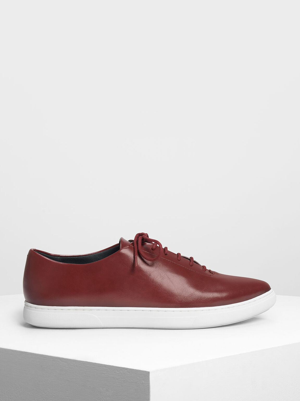 Pointed Sneakers, Red, hi-res
