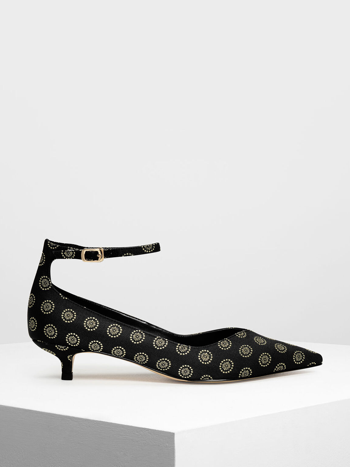 V Cut Kitten Heel Pumps, Black Textured, hi-res