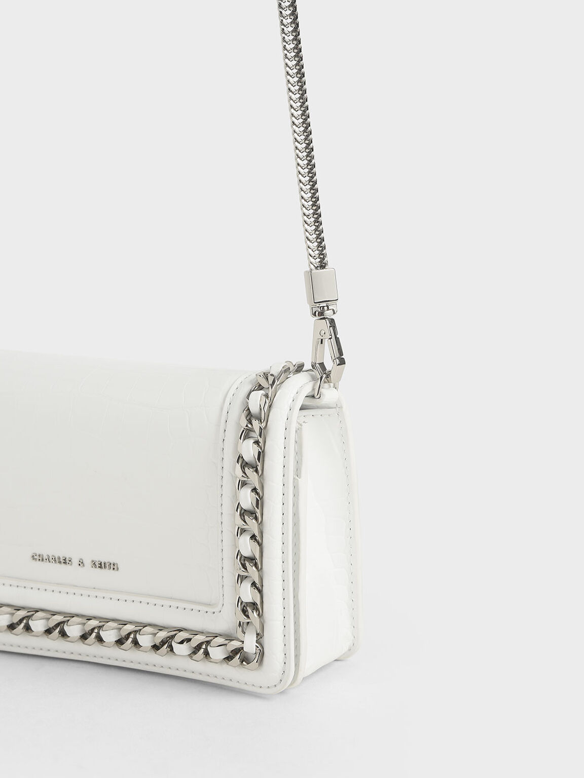 Croc-Effect Chain-Trimmed Clutch, White, hi-res