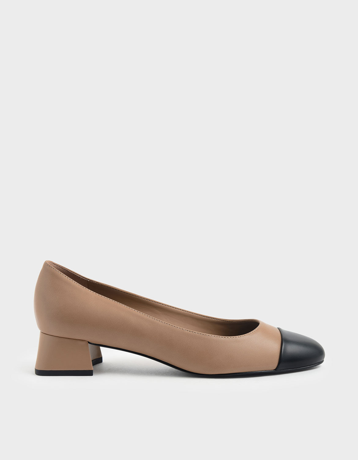 Nude Two-Tone Round Toe Curved Block