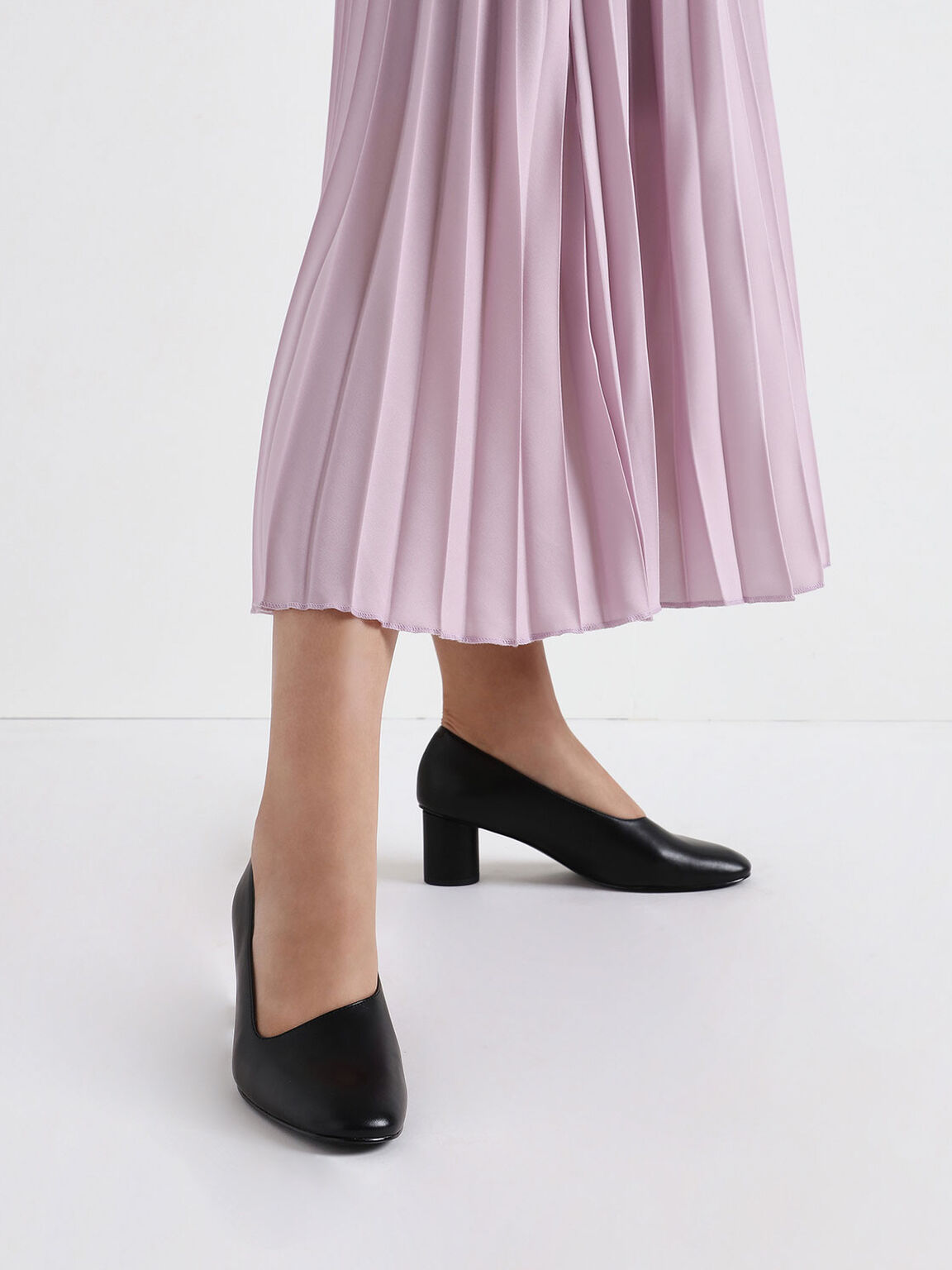 Asymmetric-Cut Cylindrical Heel Pumps, Black, hi-res