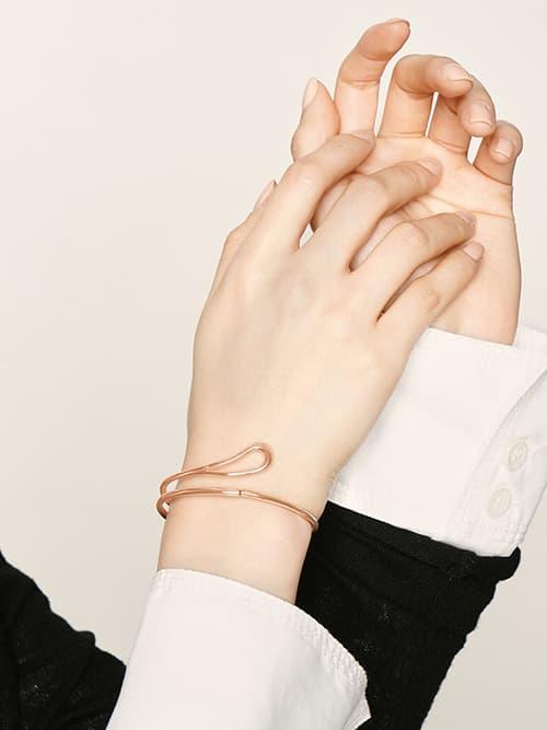 Sculptural Cuff Bracelet - Rose Gold