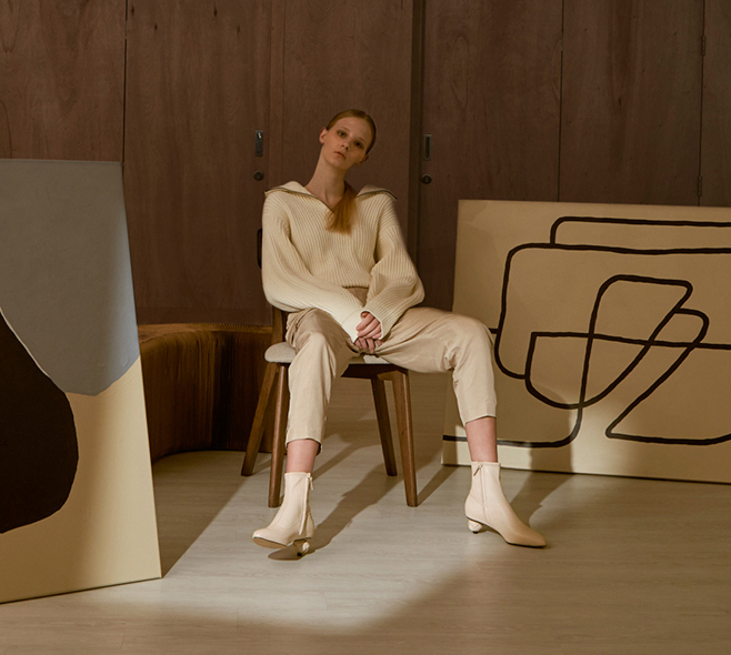 Women's leather sculptural heel ankle boots in chalk – CHARLES & KEITH