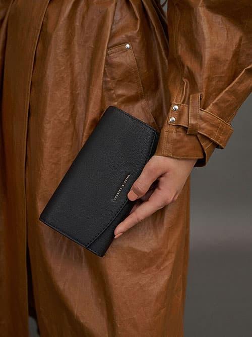 Curved Front Flap Wallet, Black